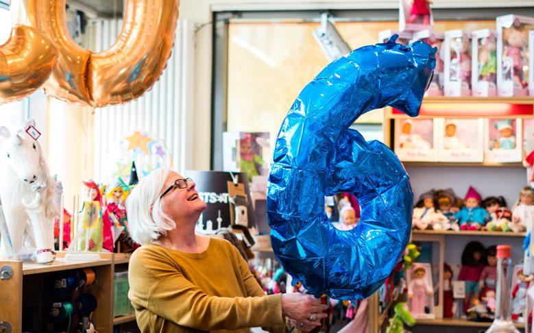 """Folienballon """"Ziffer 6"""" mit Helium"""